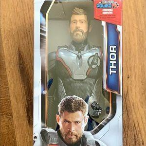 Avengers Endgame Titan Hero Series Thor